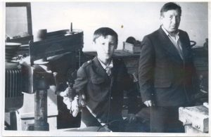 Однодворцев Карп Васильевич долгое время работал директором Васькино-Туйралинской восьмилетней школы