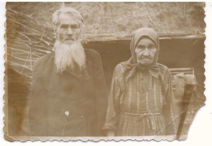Демидов Кирилл и Анисия прабабушка с прадедушкой